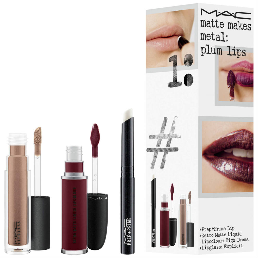 Kit de labios ciruela metal mate de Mac Cosmetics